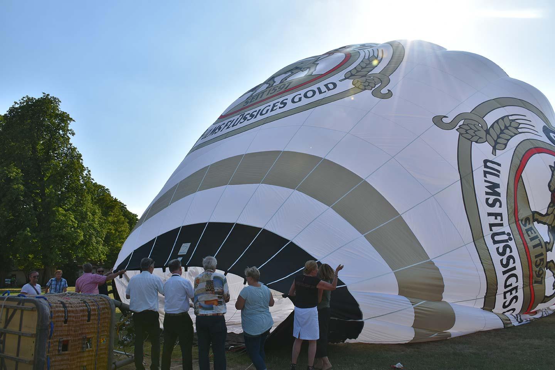Heißluftballon-Taufe Gold Ochsen