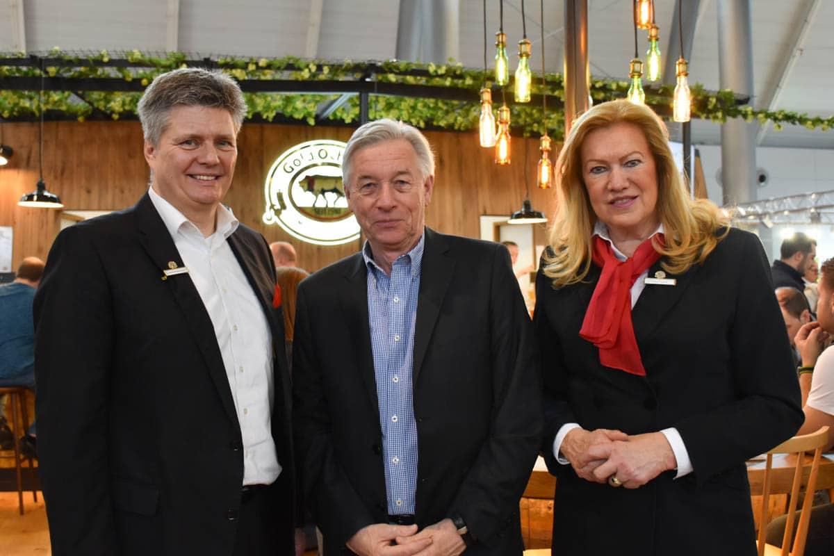 Herr Schlagenhauf und Frau Freund - Gold Ochsen