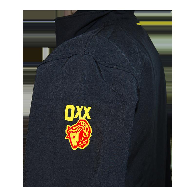 Schwarze Softshell-Jacke mit OXX Logo